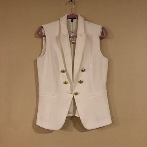 Express Suit Vest in white